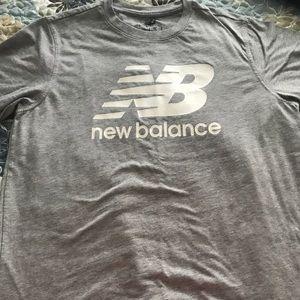Other - Men's new balance shirt